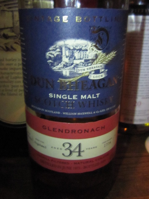 グレンドロナック Glendronach 34yo 1975/2009 (47.8%, DUN BHEAGAN, Cask#1704, 222 Bts.) 70CL  Hogshead