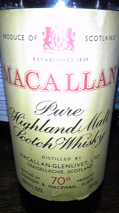 マッカラン Macallan-Glenlivet 10yo (70 Proof, G&M Licensed White and Red Label, Matured in Sherry Wood, 1960's)