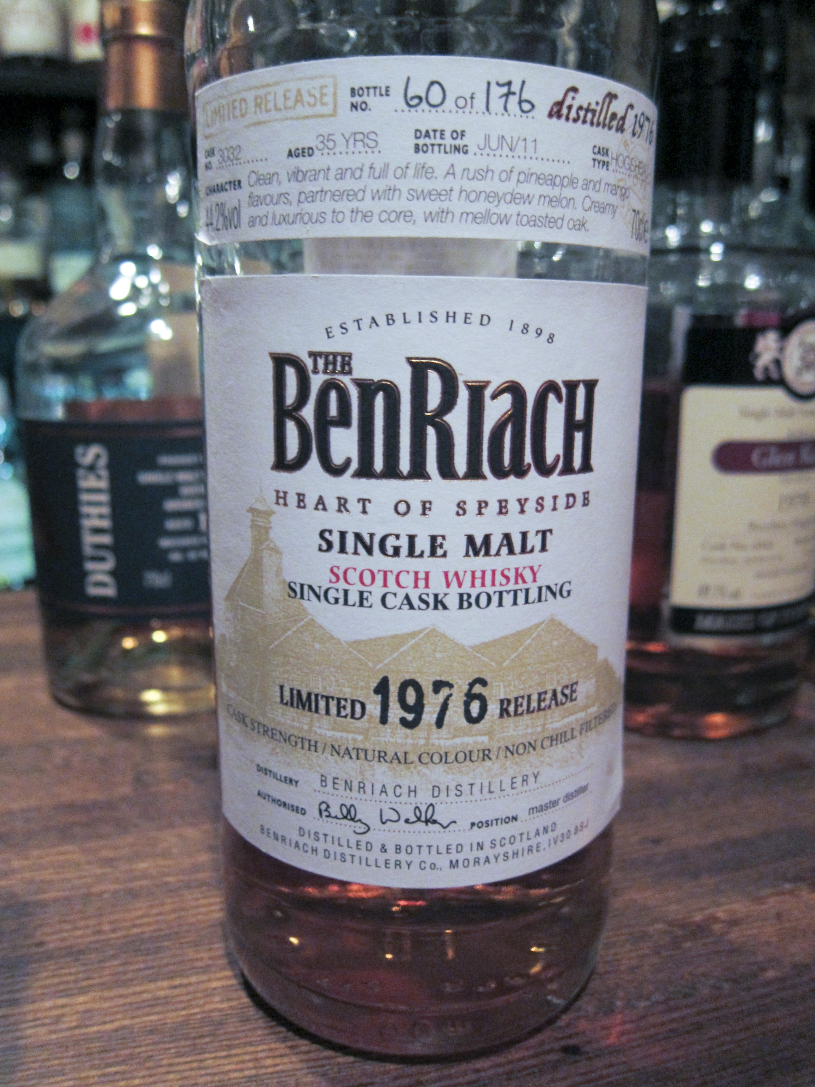 ベンリアック Benriach 35yo 1976/2011 (44.2%, OB, hogshead, C#3032, 176 Bts.)